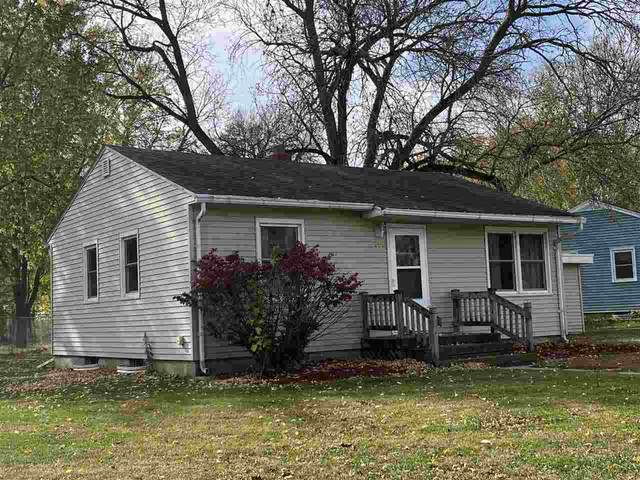 200 Oliver Street, Charles City, IA 50616 (MLS #20205396) :: Amy Wienands Real Estate