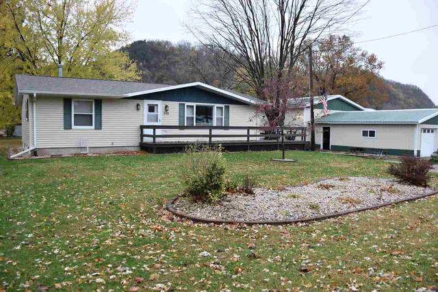 246 N Rhomberg Avenue, Harpers Ferry, IA 52146 (MLS #20205516) :: Amy Wienands Real Estate