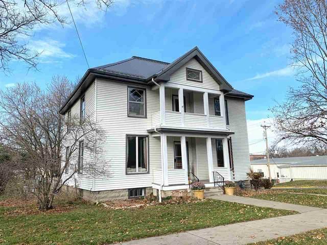 703 Washington Street, Decorah, IA 52101 (MLS #20205686) :: Amy Wienands Real Estate