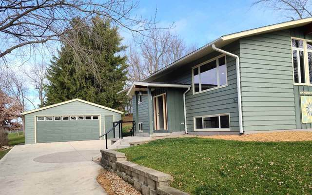 704 North Street, Decorah, IA 52101 (MLS #20205809) :: Amy Wienands Real Estate