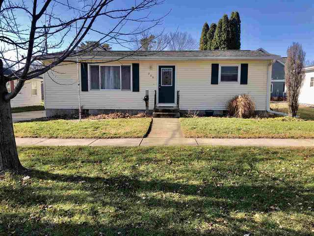209 West Street, Decorah, IA 52101 (MLS #20205821) :: Amy Wienands Real Estate