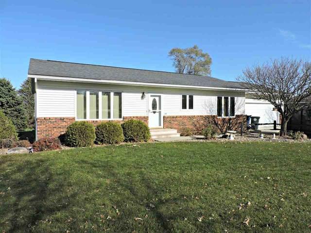 2703 Jasmine Drive, Waterloo, IA 50701 (MLS #20205858) :: Amy Wienands Real Estate