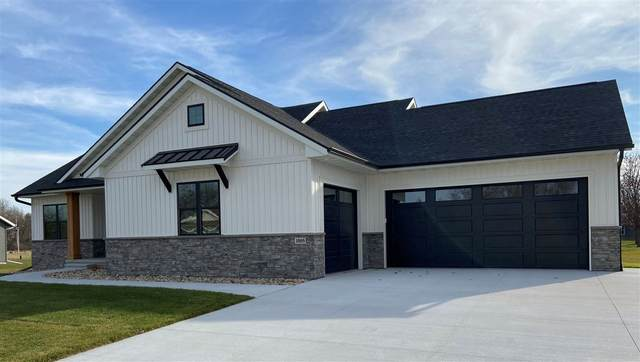 1005 Tanglewood Drive, Manchester, IA 52057 (MLS #20205860) :: Amy Wienands Real Estate