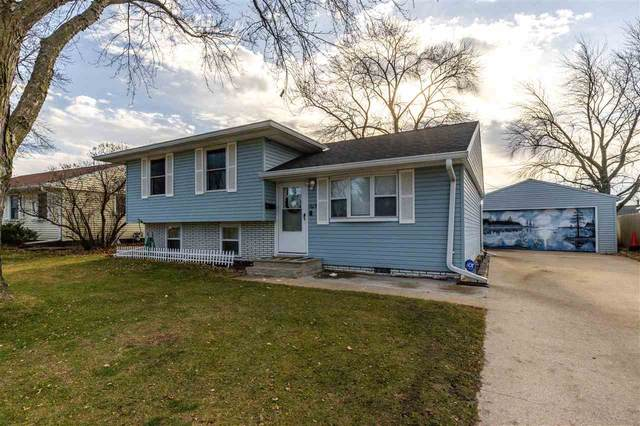 1619 Cherry Hills Drive, Waterloo, IA 50703 (MLS #20205867) :: Amy Wienands Real Estate