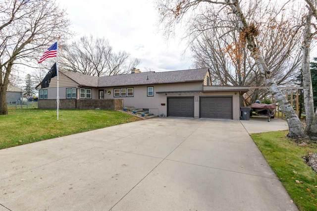 3207 Sunray Drive, Cedar Falls, IA 50613 (MLS #20205888) :: Amy Wienands Real Estate