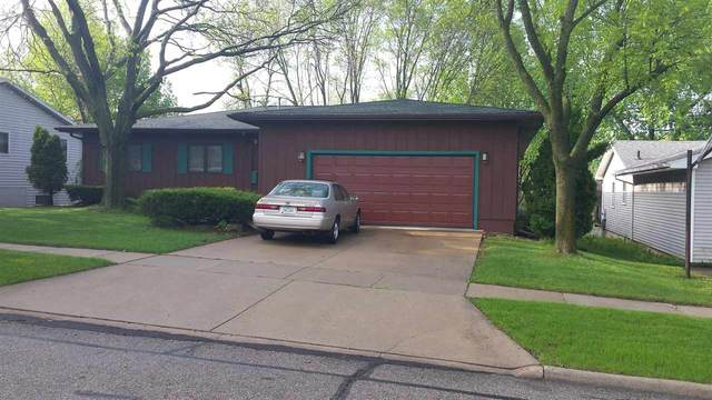 2202 Coventry Lane, Cedar Falls, IA 50613 (MLS #20205926) :: Amy Wienands Real Estate