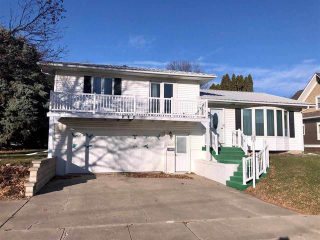 207 K Avenue, Grundy Center, IA 50638 (MLS #20205957) :: Amy Wienands Real Estate