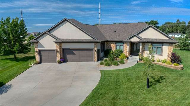 4007 Alexis Boulevard, Cedar Falls, IA 50613 (MLS #20206002) :: Amy Wienands Real Estate