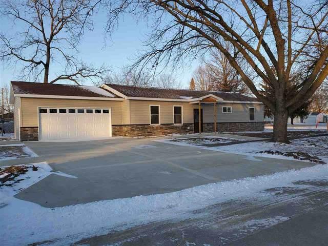 110 SW 4th Avenue, Cresco, IA 52136 (MLS #20206209) :: Amy Wienands Real Estate