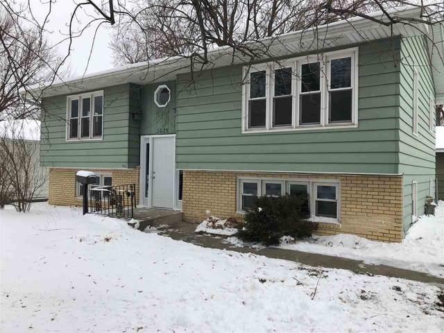 3029 W 9th Street, Waterloo, IA 50702 (MLS #20210038) :: Amy Wienands Real Estate