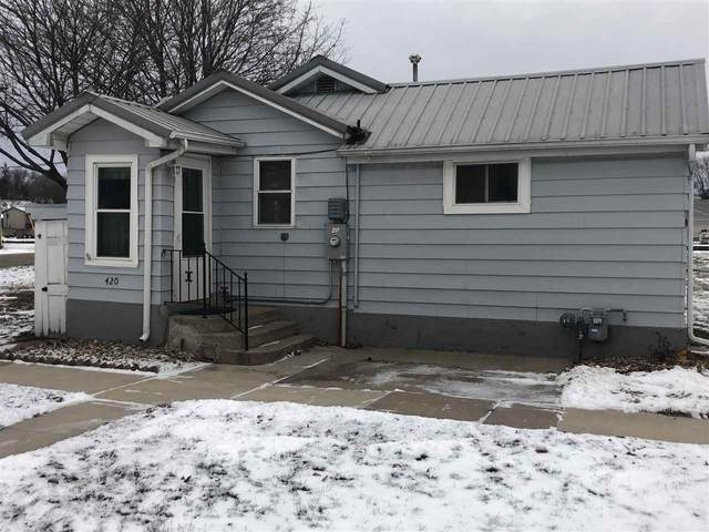 420 NW 6th Ave, Waverly, IA 50677 (MLS #20210071) :: Amy Wienands Real Estate
