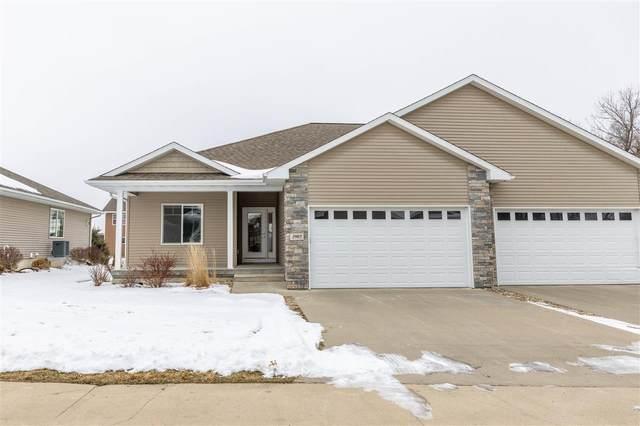 2907 W 3rd Street, Cedar Falls, IA 50613 (MLS #20210127) :: Amy Wienands Real Estate