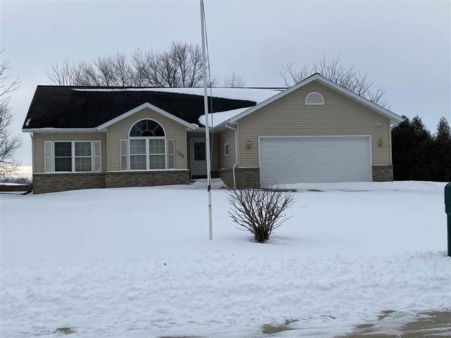 109 Meadow Lane Dr Street, Sumner, IA 50674 (MLS #20210141) :: Amy Wienands Real Estate
