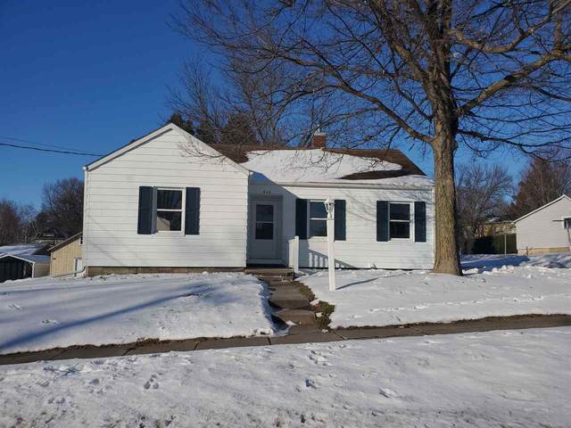 406 S Pine Street, West Union, IA 52175 (MLS #20210152) :: Amy Wienands Real Estate