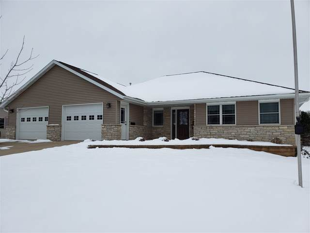 418 Westwood Drive, Strawberry Point, IA 52076 (MLS #20210212) :: Amy Wienands Real Estate