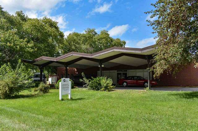 310 Upland Drive, Waterloo, IA 50701 (MLS #20210441) :: Amy Wienands Real Estate