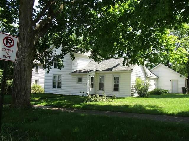 822 W 6th Street, Cedar Falls, IA 50613 (MLS #20210589) :: Amy Wienands Real Estate