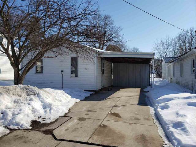 204 Park Avenue, Strawberry Point, IA 52076 (MLS #20210679) :: Amy Wienands Real Estate
