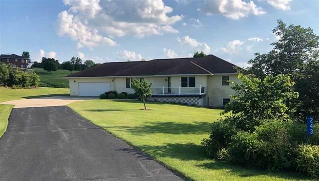 243 Golf Ridge Way, Elkader, IA 52043 (MLS #20210725) :: Amy Wienands Real Estate