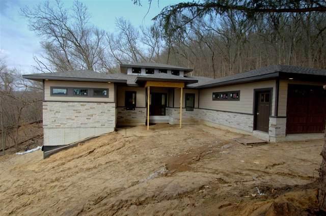 2562 Magnolia Rd., Decorah, IA 52101 (MLS #20211107) :: Amy Wienands Real Estate