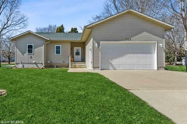 308 Alexander Street, Fayette, IA 52142 (MLS #20211159) :: Amy Wienands Real Estate