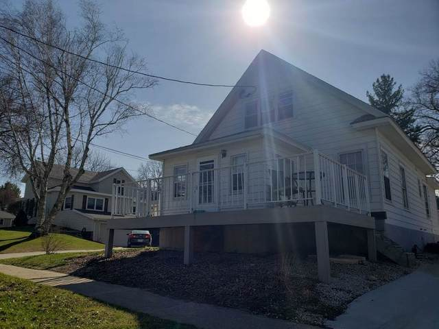 803 10th Street, Grundy Center, IA 50638 (MLS #20211224) :: Amy Wienands Real Estate