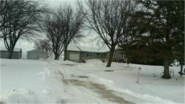 3127 140th Street, Sumner, IA 50674 (MLS #20211402) :: Amy Wienands Real Estate