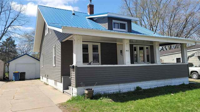 911 Burton Avenue, Waterloo, IA 50703 (MLS #20211410) :: Amy Wienands Real Estate