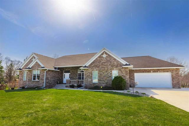1022 Lakeview Drive, Cedar Falls, IA 50613 (MLS #20211411) :: Amy Wienands Real Estate
