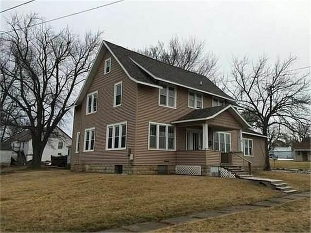 1402 16th Avenue, Eldora, IA 50627 (MLS #20211490) :: Amy Wienands Real Estate