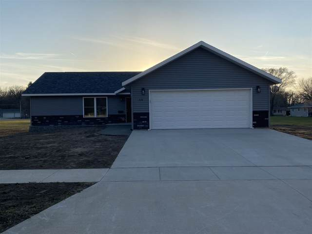 326 8th Ave Sw, Oelwein, IA 50662 (MLS #20211491) :: Amy Wienands Real Estate