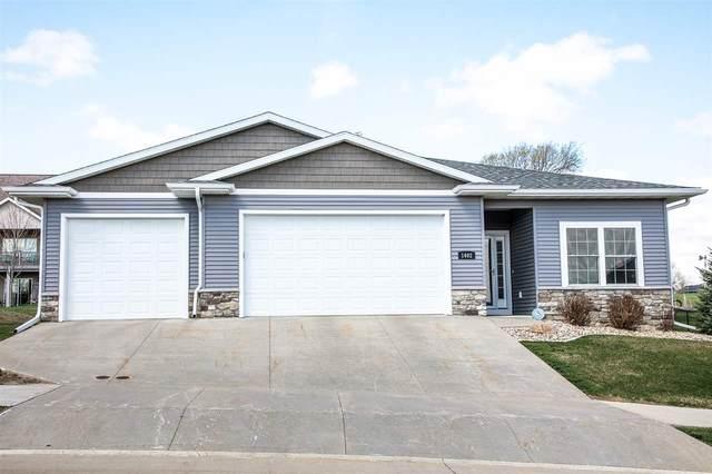 1402 SE 1st Street, Waverly, IA 50677 (MLS #20211503) :: Amy Wienands Real Estate