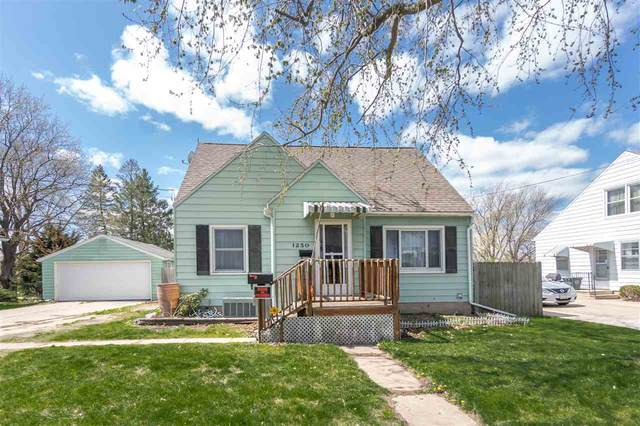 1250 Hammond Avenue, Waterloo, IA 50702 (MLS #20211504) :: Amy Wienands Real Estate