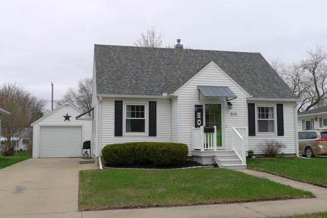 805 7th Avenue, Charles City, IA 50616 (MLS #20211521) :: Amy Wienands Real Estate