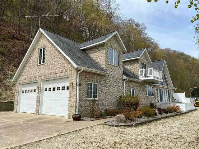 1608 Riverview Road, Lansing, IA 52151 (MLS #20211689) :: Amy Wienands Real Estate