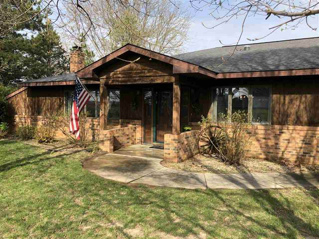 1301 Laurel Drive, Decorah, IA 52101 (MLS #20211696) :: Amy Wienands Real Estate