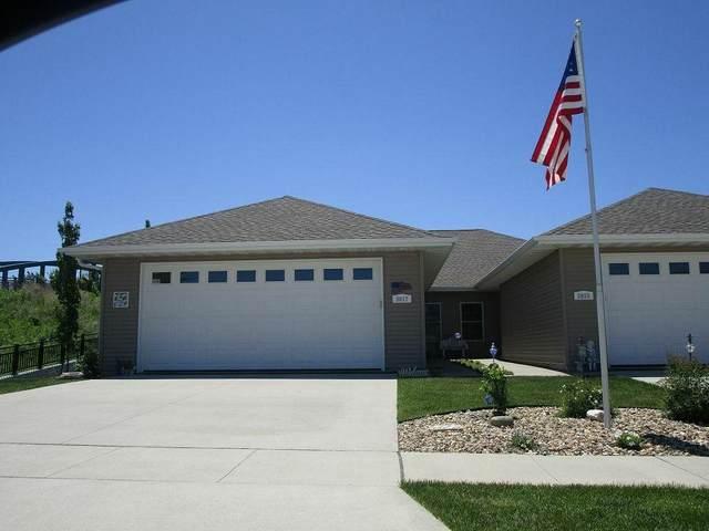 5017 Quesada Avenue, Cedar Falls, IA 50613 (MLS #20211866) :: Amy Wienands Real Estate