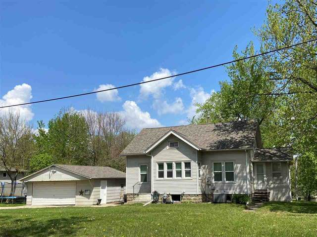 504 Forrest Road, Cedar Falls, IA 50613 (MLS #20211930) :: Amy Wienands Real Estate