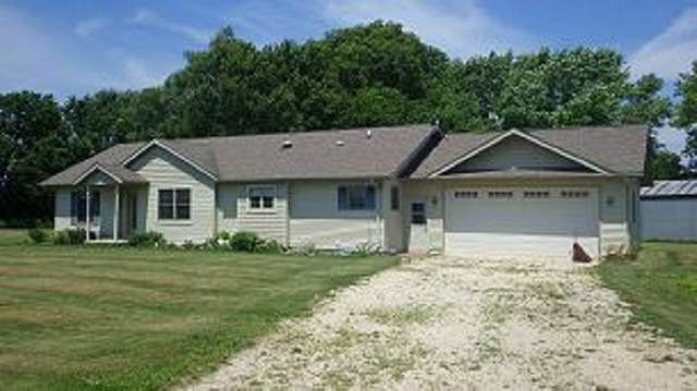 3135 270th Street, Nashua, IA 50658 (MLS #20211952) :: Amy Wienands Real Estate