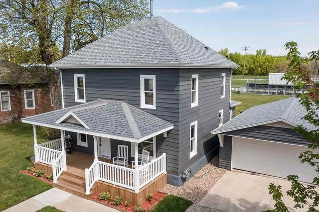 708 Beaver Street, New Hartford, IA 50660 (MLS #20211999) :: Amy Wienands Real Estate