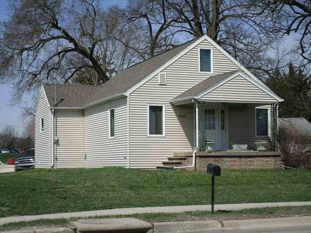 2051 Logan, Waterloo, IA 50703 (MLS #20212043) :: Amy Wienands Real Estate