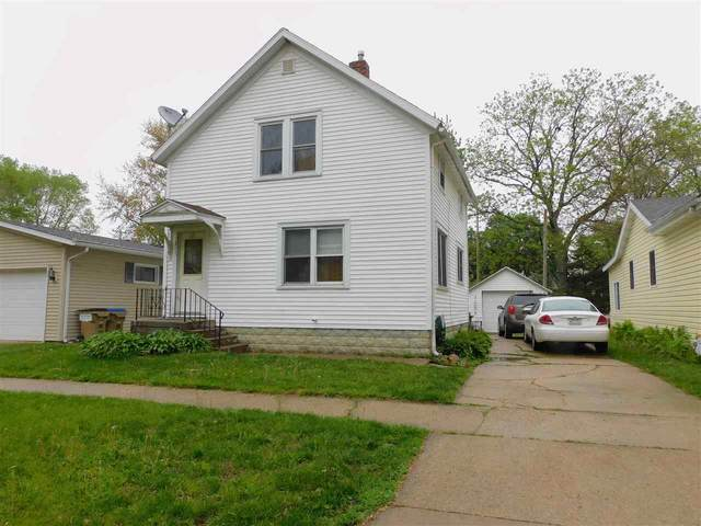 1011 Sherman Avenue, Manchester, IA 52057 (MLS #20212149) :: Amy Wienands Real Estate
