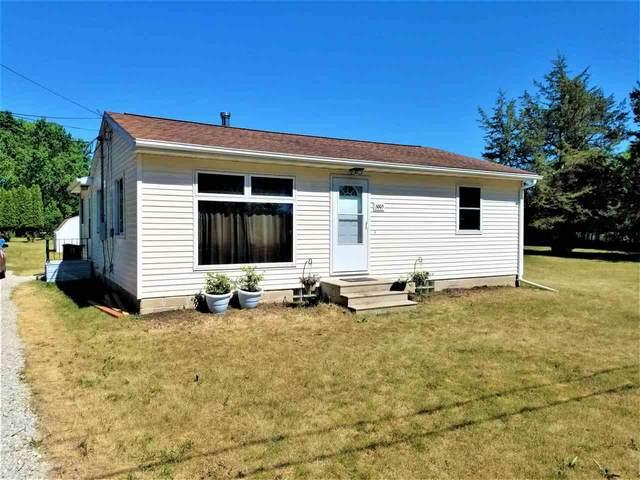 3003 Big Woods Road, Cedar Falls, IA 50613 (MLS #20212693) :: Amy Wienands Real Estate