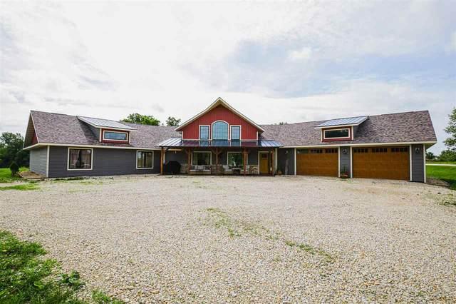 685 Bear Hollow, Waukon, IA 52172 (MLS #20213141) :: Amy Wienands Real Estate