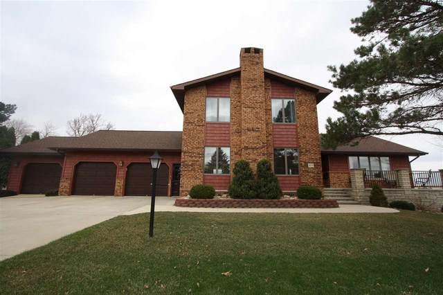 809 6th St Northeast, Oelwein, IA 50662 (MLS #20213473) :: Amy Wienands Real Estate