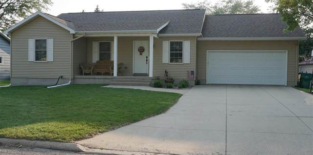 117 NE 15th Avenue, Independence, IA 50644 (MLS #20213493) :: Amy Wienands Real Estate