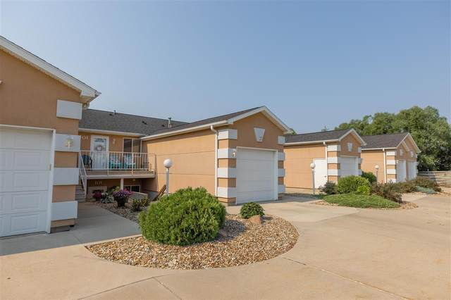 1730 W 18th Street, Cedar Falls, IA 50613 (MLS #20213563) :: Amy Wienands Real Estate