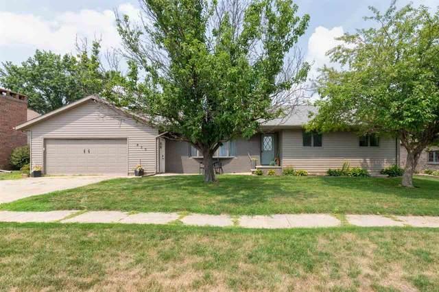 820 Prestien Drive, Denver, IA 50622 (MLS #20213576) :: Amy Wienands Real Estate