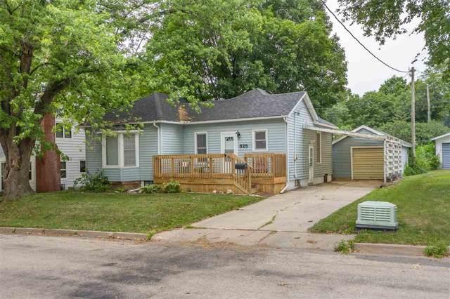 825 SE 1st Avenue, Waverly, IA 50677 (MLS #20213599) :: Amy Wienands Real Estate
