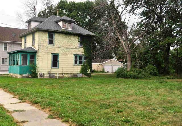 212 Oaklawn Avenue, Waterloo, IA 50701 (MLS #20213611) :: Amy Wienands Real Estate